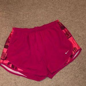 Nike women's Dri-Fit Tempo Running Shorts Size L